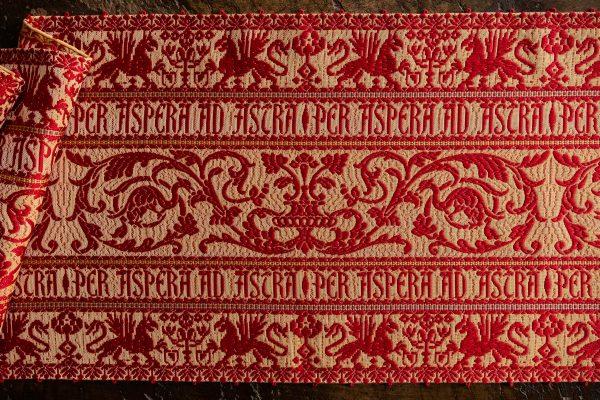 """Per Aspera ad Astra"" Table runner - Silk blend, Table runners"