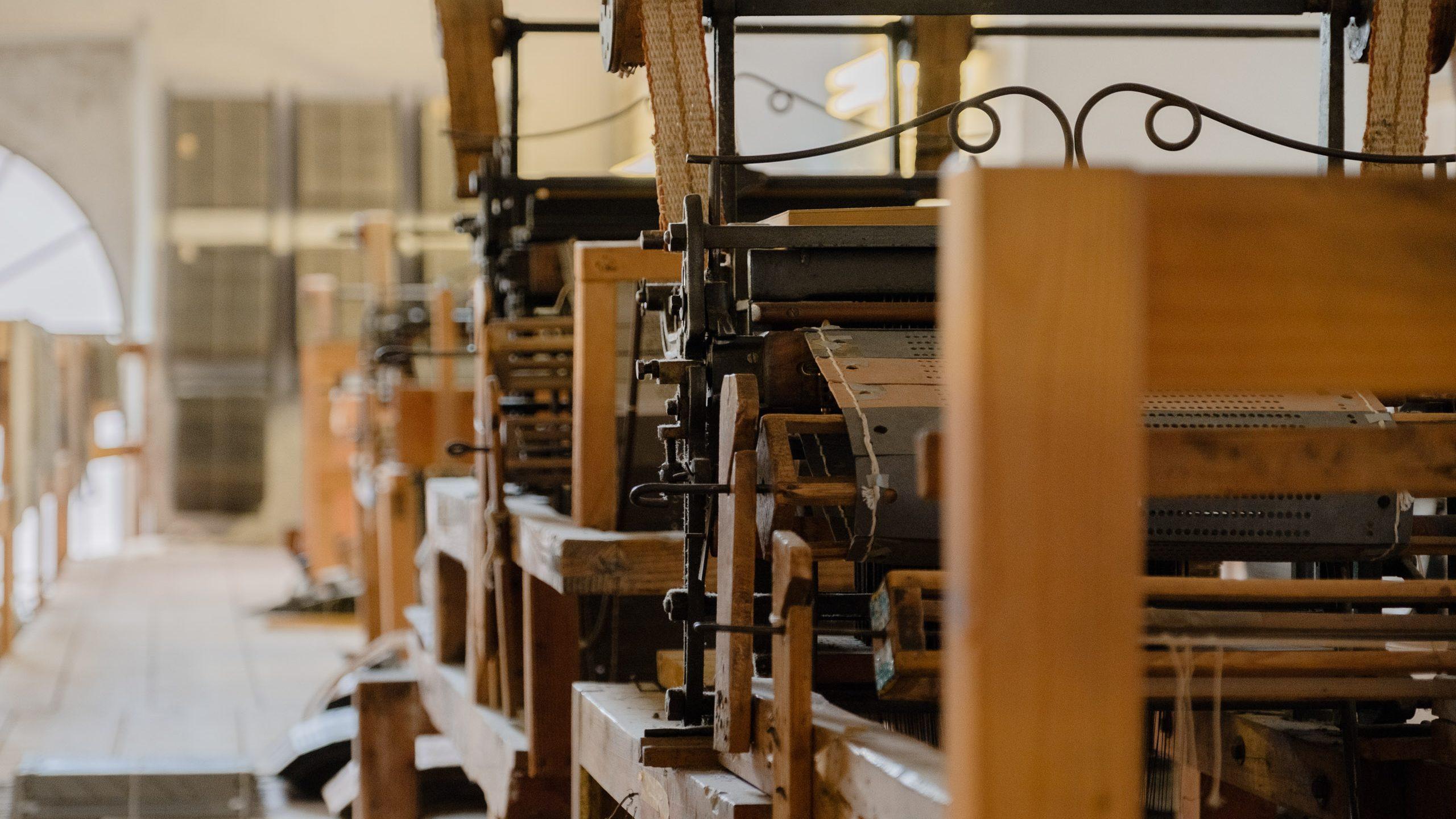 Artisan weaving workshop - Giuditta Brozzetti Museum Atelier  - Perugia, Umbria